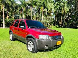Hermosa ford escape full