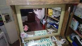 Mueble de Peluquería con Espejo