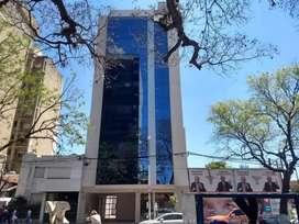 Se vende oficina en Sarmiento 787. Rcia Chaco