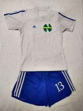 Uniforme Niupi super campeones blanco azul #13 Uribe