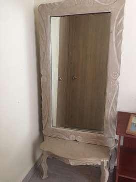 Espejo de marmol con base de marmol