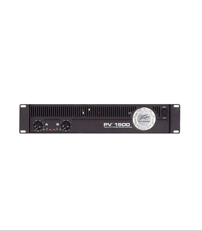 Amplificador de potencia Peavey PV-1500 y 2 cabinas PEAVEY SPTM 5X (PASIVAS)