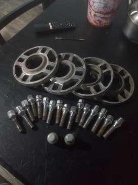 Kit 16 bulones anti robo  + 4 separadores de llantas deportivas ..