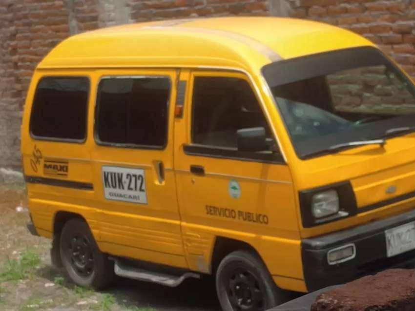 Vendo taxi buseta en Guacari