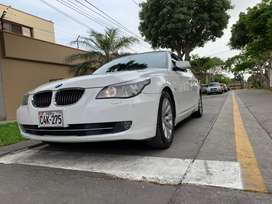 BMW 525i 2009 FULL EQUIPO