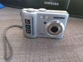 Camara Digital Samsung Digimaax S500 USADA E BUENAS CONDICIONES Y FUNCIONALIDAD