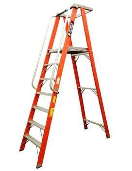 Escaleras Plataforma comercial 4 hasta 7 Peldaños / 3.0 Mts 114Kg TFPL