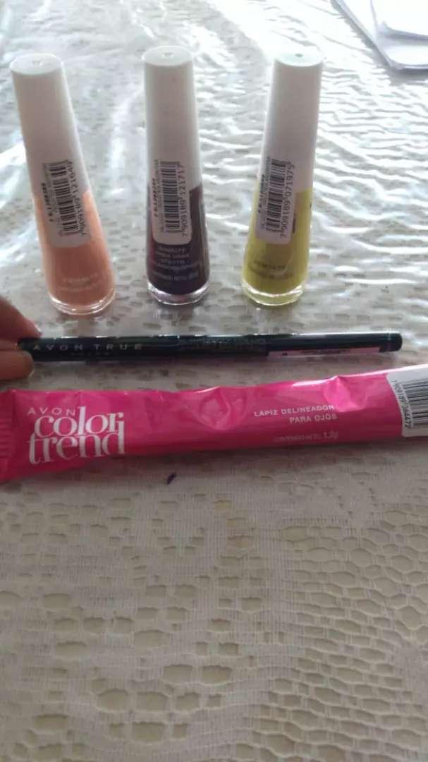 Maquillaje en stock 0