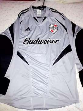 Camiseta mangas largas river arquero 2004