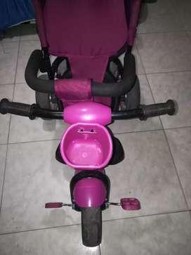 Venta de triciclo para niña