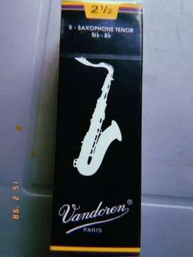 caña vandoren para saxofon tenor 2.5