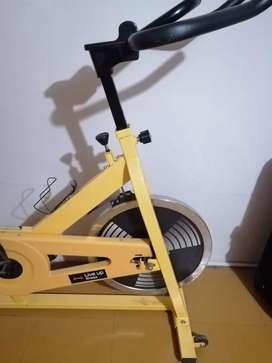Bicicleta estacionaria - spinning