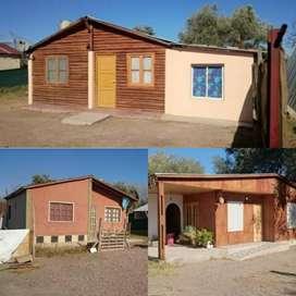 G Romero Propiedades Vende Terreno grande de 1.000 m2 con 4 Cabañas en excelente estado USD  65.000