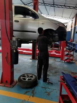 Busco trabajo como ayudante de mecánica automotriz