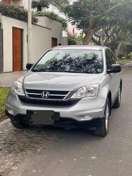 Vendo Camioneta CRV Honda año 2011.