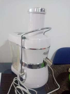 Extractor de jugos power juicer