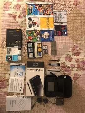 Nintendo DS Lite incluye todo lo de la foto