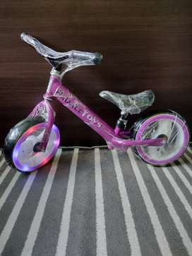 Vendo cicla nueva para niña