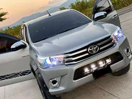 Toyota Hilux 2016 motor 2.5 4x4 Full Extras