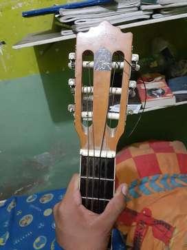Se Vende Guitarra Criolla