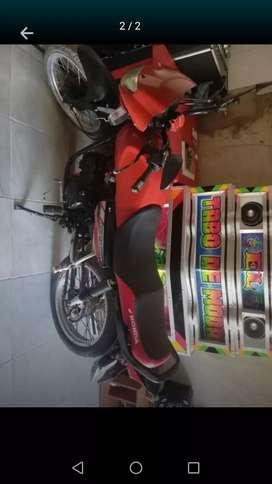 Vendo o cambió moto