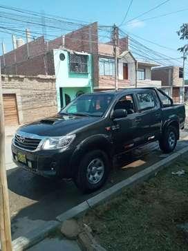 Remato Toyota Hilux 2013