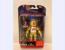 Figura Five Nights At Freddys Chica With Mr. Cupcake