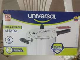 Olla a presión marca universal 6 litros
