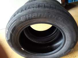 Vendo dos llantas hankook  rin 14 estan a media vida
