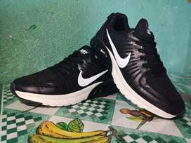 Tenis nike zoom structure