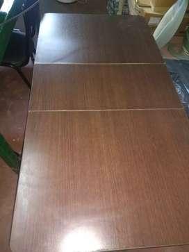 Vendo mesa plegable para 6 personas