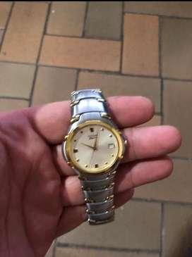 Reloj Citizen caballero, excelente estado.