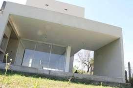Casa en Altos del Cevil I de 3 dormitorios a estrenar