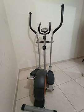 Bicicleta estatica para hacer ejercicio maraca athletic