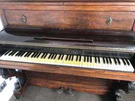 Piano Vertical Pleyel Wolff & Cie del siglo 19