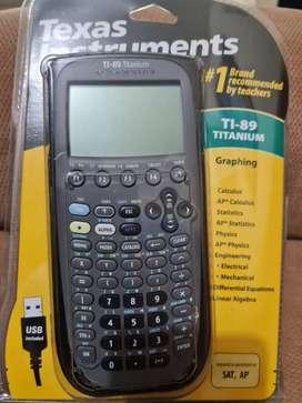 Calculadora Gráfica NUEVA Texas Instruments TI-89 Titanium