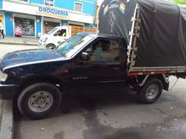 Vendo camioneta Chevrolet Luv de estacas