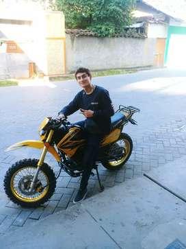 Moto deportiva Fujiyama 250