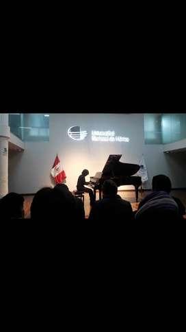 Profesor de Piano, Guitarra y Teoría Musical