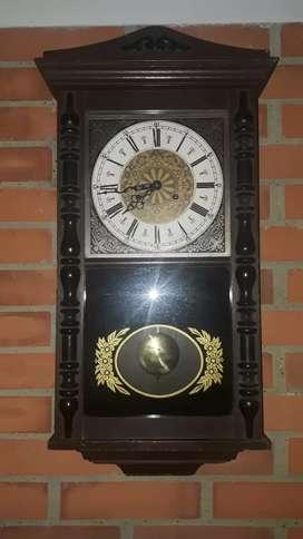 Reloj antiguo Jawaco