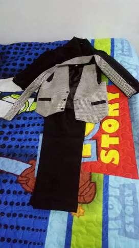 Vendo traje de gala para niño