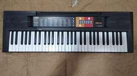 Piano Yamaha F51