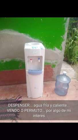 Vendo dispenser agua fría y caliente