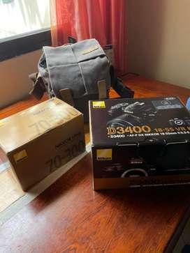 Vendo cámara Nikon D3400 + lente 70-300 original con poco tiempo de uso