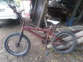 Vendo bicicleta totem aro 20