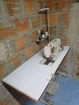 Maquina de coser doble aguja
