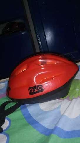 Casco para moto color rojo
