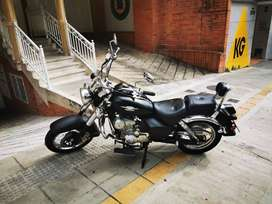 Vendo moto United Motors  RENEGADE SPECIAL