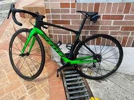 Bicicleta de ruta Scott Foil RC