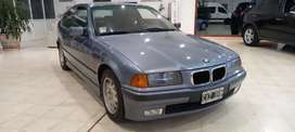 BMW 318 TDS modelo 1999